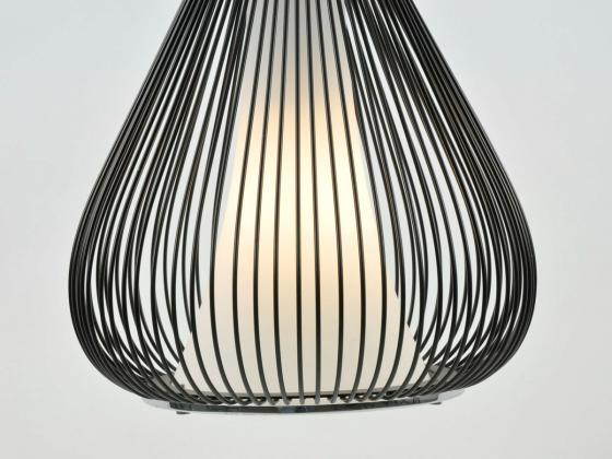 deckenleuchte pendellampe aus metall mit glaselement schwarz chrom innen au enbeleuchtung. Black Bedroom Furniture Sets. Home Design Ideas