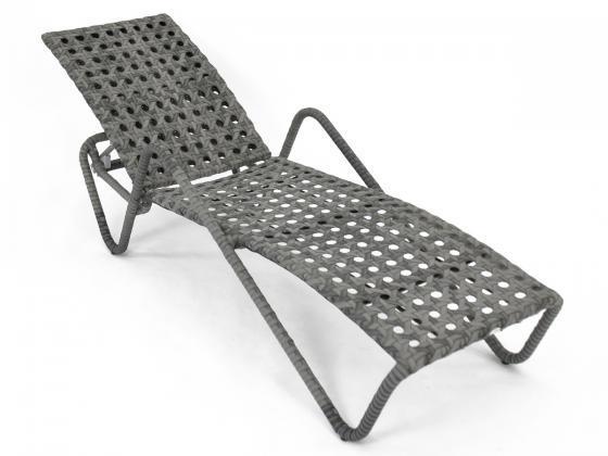 sonnenliege loungeliege liege aus polyrattan verstellbar sonnenliegen design shop. Black Bedroom Furniture Sets. Home Design Ideas